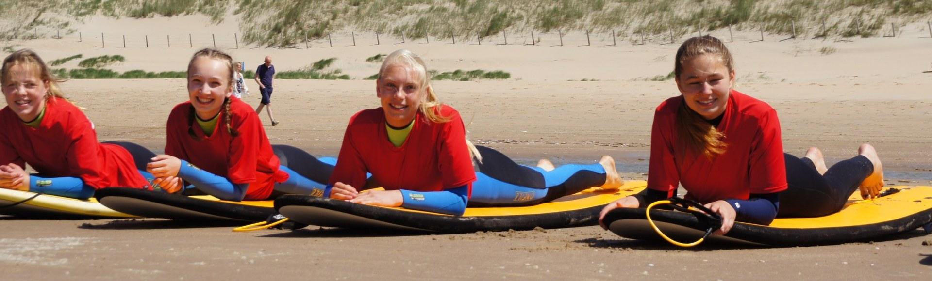 Surfplank stalling Bloemendaal aan Zee
